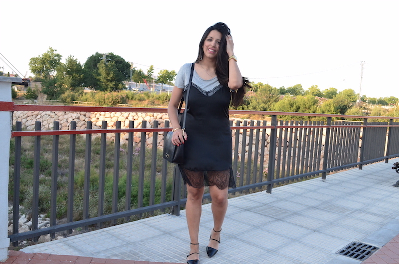 Combinar vestido lencero negro